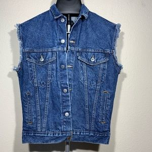 Vintage Levi's frayed denim vest
